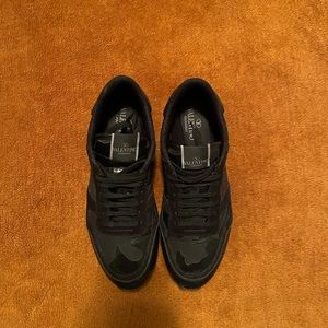 Valentino rock runners size 11 good condition